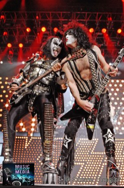 KISS 35 ALIVE TOUR 2009