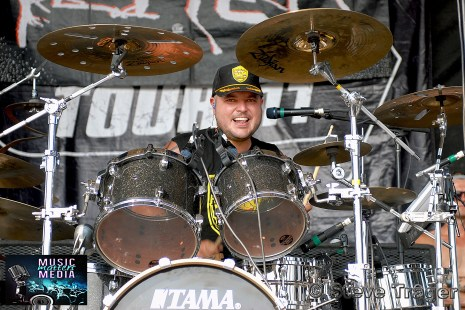 PEPPER VANS WARPED TOUR 2011 CAMDEN NEW JERSEY 01