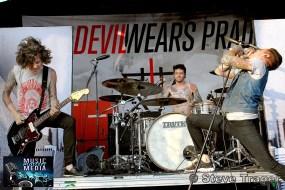 THE DEVIL WEARS PRADA VANS WARPED TOUR 2011 CAMDEN NEW JERSEY 11
