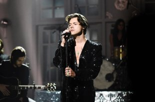 Harry Styles; Photo by: Will Heath/NBC