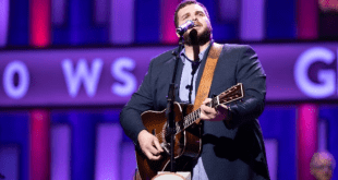 Jake Hoot at Grand Ole Opry Debut; Photo by Chris Hollo