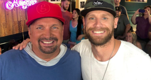 """Garth Brooks & Chase Rice on-set with """"Entertainment Tonight"""" during CMA Fest 2019 in Downtown Nashville"""