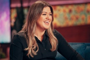 Kelly Clarkson; Photo Courtesy of NBC