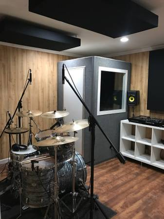 Vocal And Music Production Recording Studio