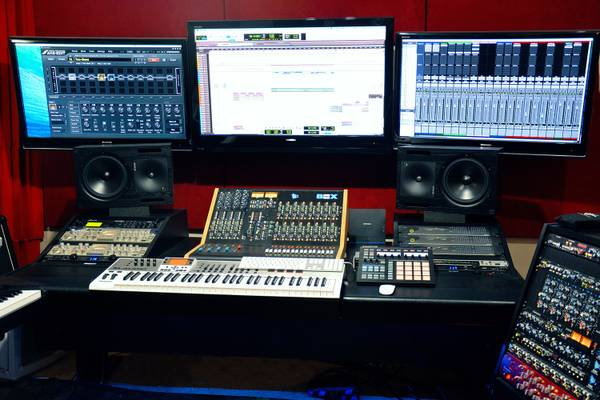 Mastering / Mixing / Production Services
