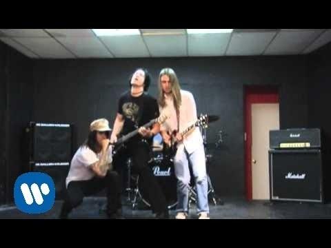 【忙しい人ほど音楽を】『諦めれない』という感情が揺れ動く「Red Hot Chili Peppers-Tell Me Baby」