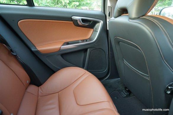 Volvo S60 T5 rear passenger seat