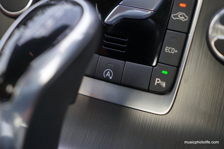 Volvo S60 T5 console buttons ECO+, Parking Assist, Auto Start-Stop