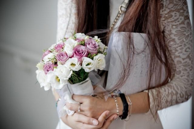 Bridal Bouquet Sony A7II 70-200mm