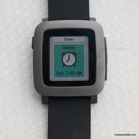 Pebble Time Alarm screen