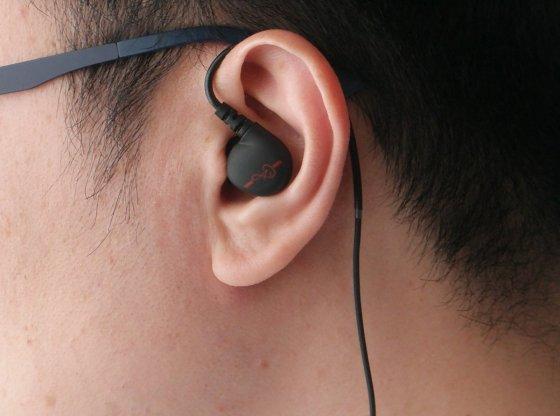 Alpha & Delta D2M earphones review by musicphotolife.com