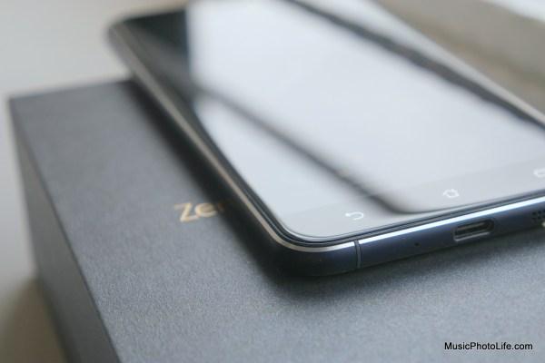 ASUS Zenfone 3 ZE552KL corner