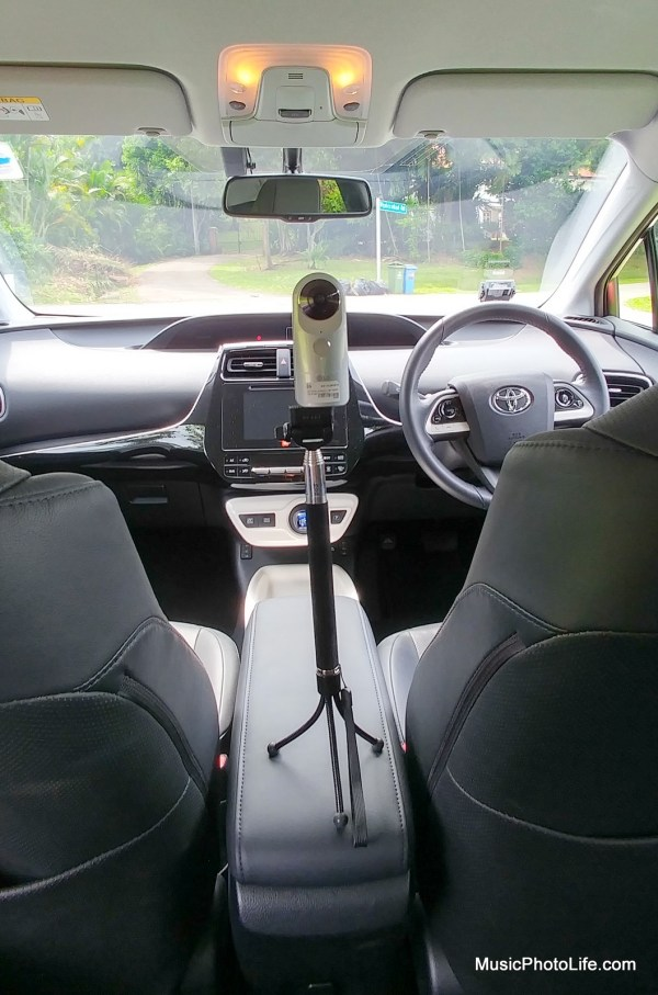 LG 360 CAM setup: interior of the Toyota Prius