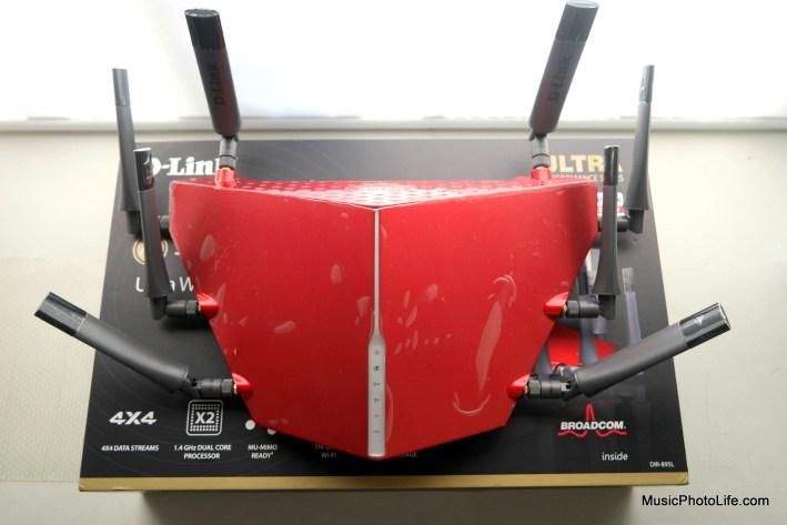 D-Link DIR-895L top