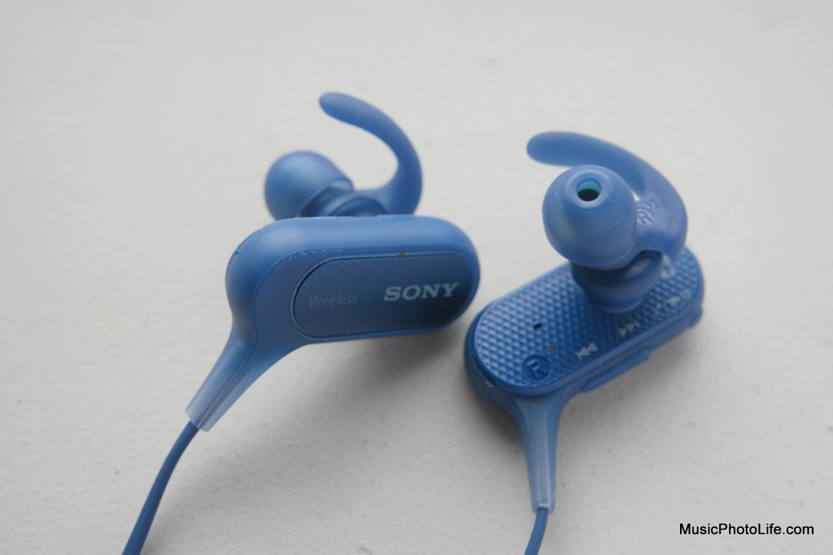 Sony MDR-XB50BS USB port - review by musicphotolife.com