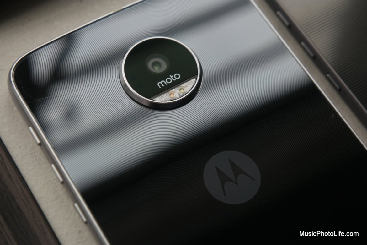 Moto Z review by musicphotolife.com