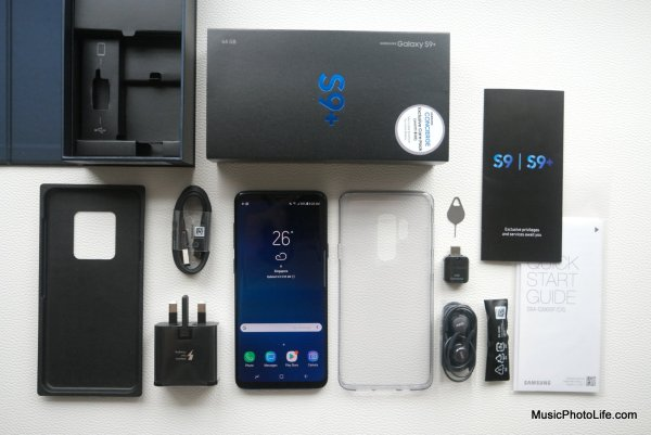 Samsung Galaxy S9+ Singapore retail box unboxing