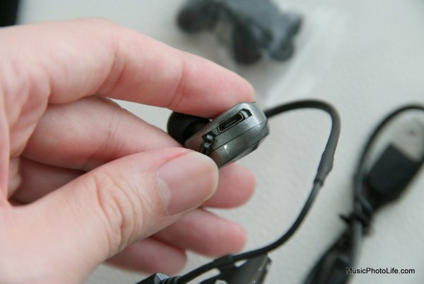 SOUL SS19 wireless earphones - Singapore consumer tech blog reviewer