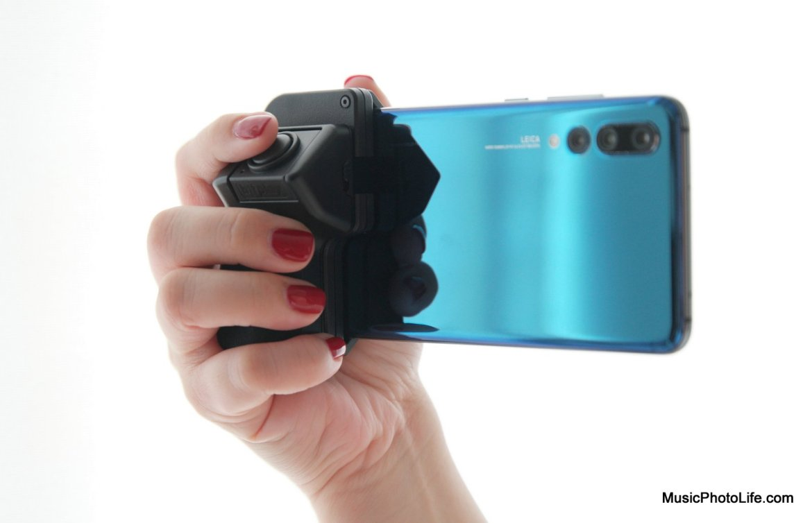 bitplay SNAP! Grip review by musicphotolife.com, Singapore consumer tech blogger