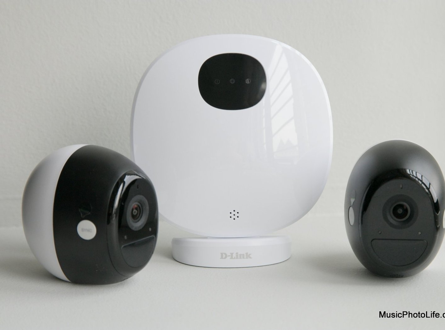 D-Link DCS-2802KT Review: Battery Operated Home Camera So