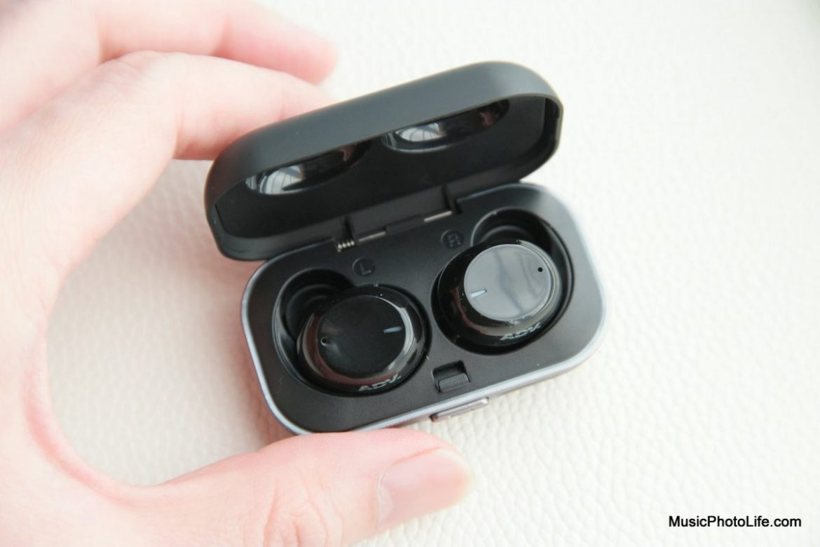 Advanced Model X review by musicphotolife.com Singapore tech blogger