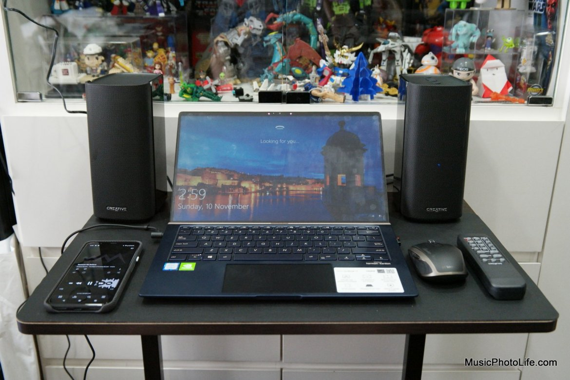 Creative T100 2.0 Speakers with laptop