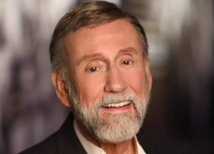 Ray Stevens Showroom CabaRay To Reopen In October - MusicRow.com