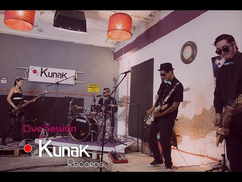 Radio 69. Live Session in Kunak Records