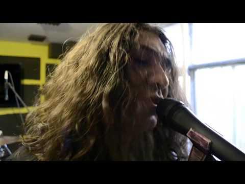 "Bestia sin dueño ""Asesino"". Live Session"