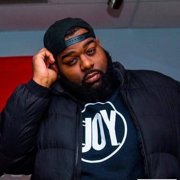 DJ Bigg Sipp squint