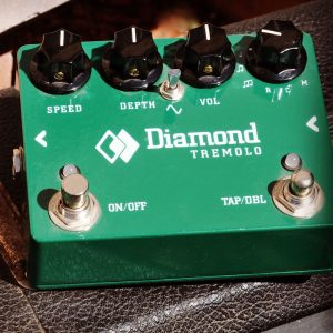 Diamond Tremolo Pedal