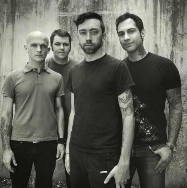 rise-against-band-pic