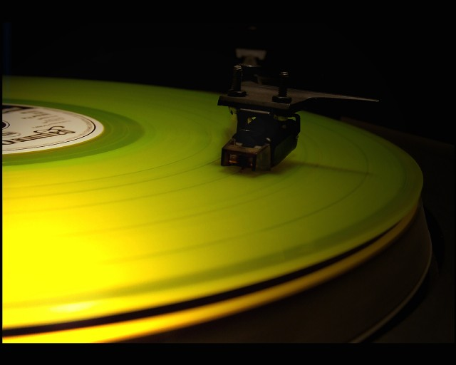 vinyl-record-player-yellow-close-up