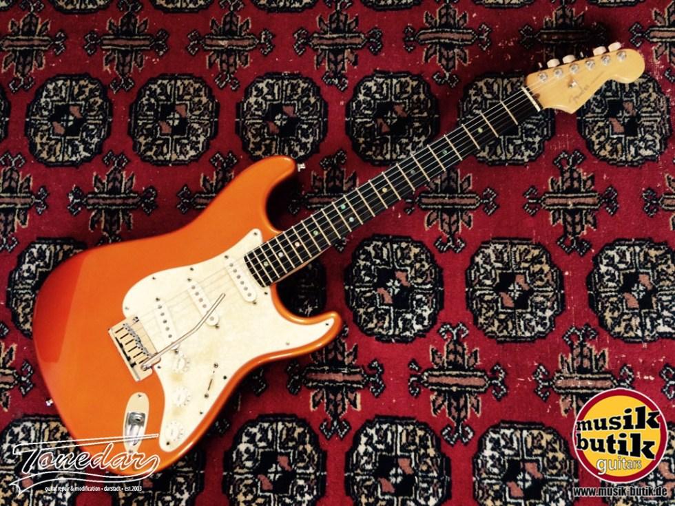 Fender Deluxe Strat 2004.jpg