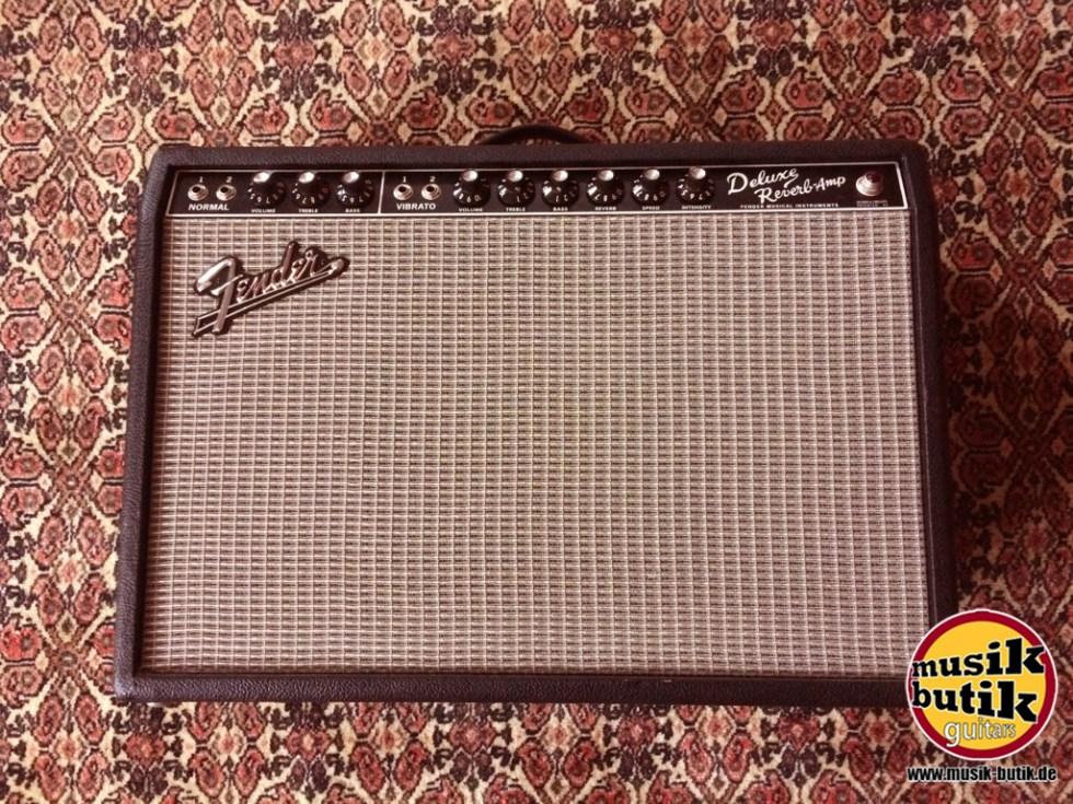 Fender Deluxe Reverb.JPG