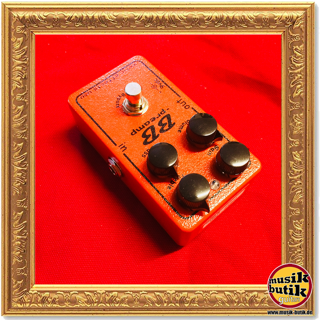 XOTIC BB Preamp, Boost/Overdrive pedal on