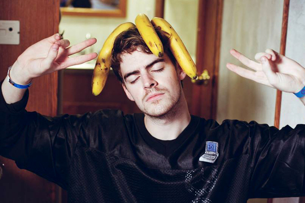 hemsworth-bananas