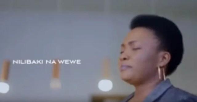 Neema Cizungu Ft. Martha Mwaipaja – Nilibaki Na Wewe