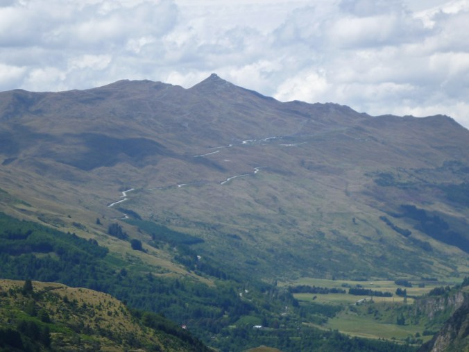 The approach to Queenstown