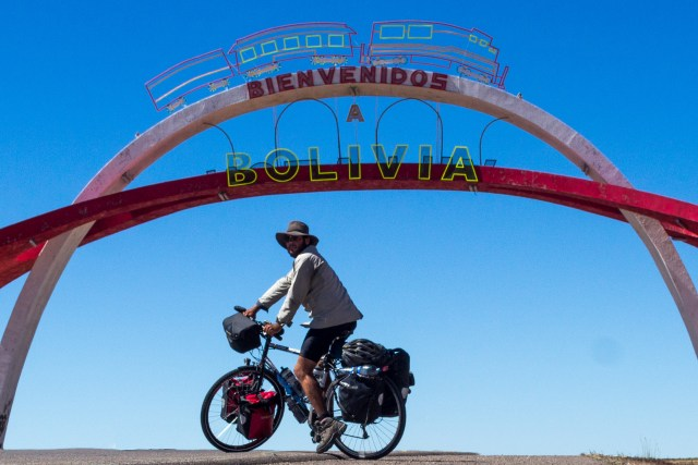 The crossing true to Bolivia was dusty and anticlimactic, I found this guy about 10km across the border