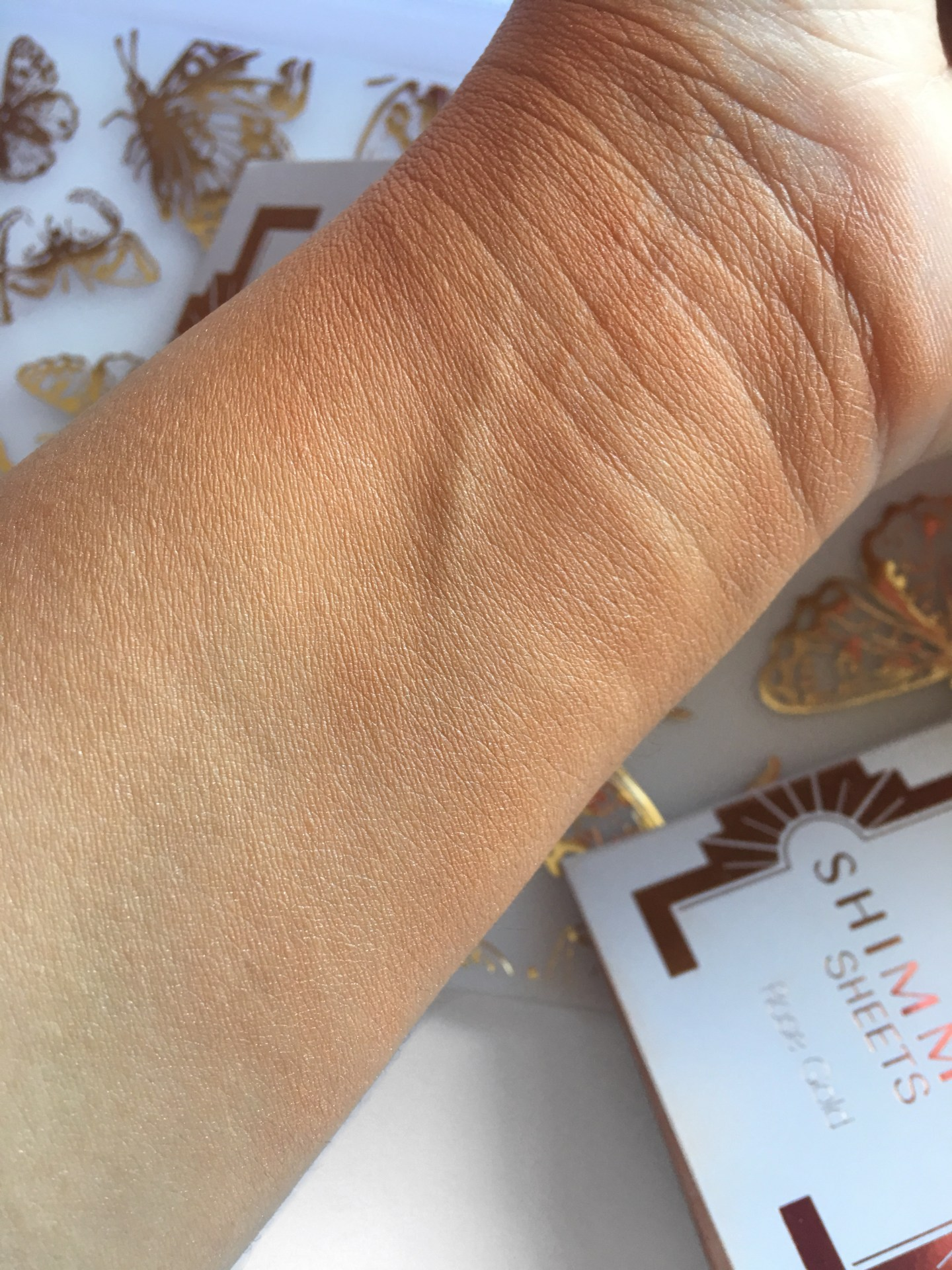 MUA Luxe Shimmer Sheets Rose Gold Swatch