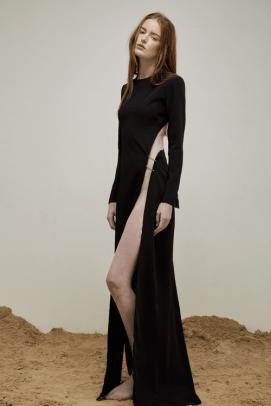 yousef-akbar-black-split-dress