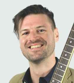 apprendre à jouer de la guitare électrique avec Michaelé