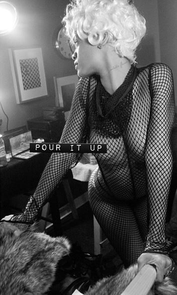 Rihanna 'Pour It Up' (Behind The Scenes 8)