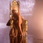 Rihanna - Pour It Up 4