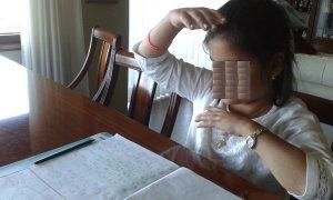 María calculando intervalos melódicos