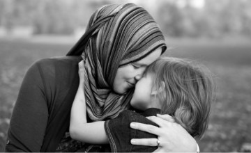 5 Islamic Quotes About Mothers for Mother's Day