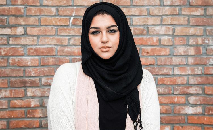 How Ghazala Khan Proves Trump DGAF About Muslim Women