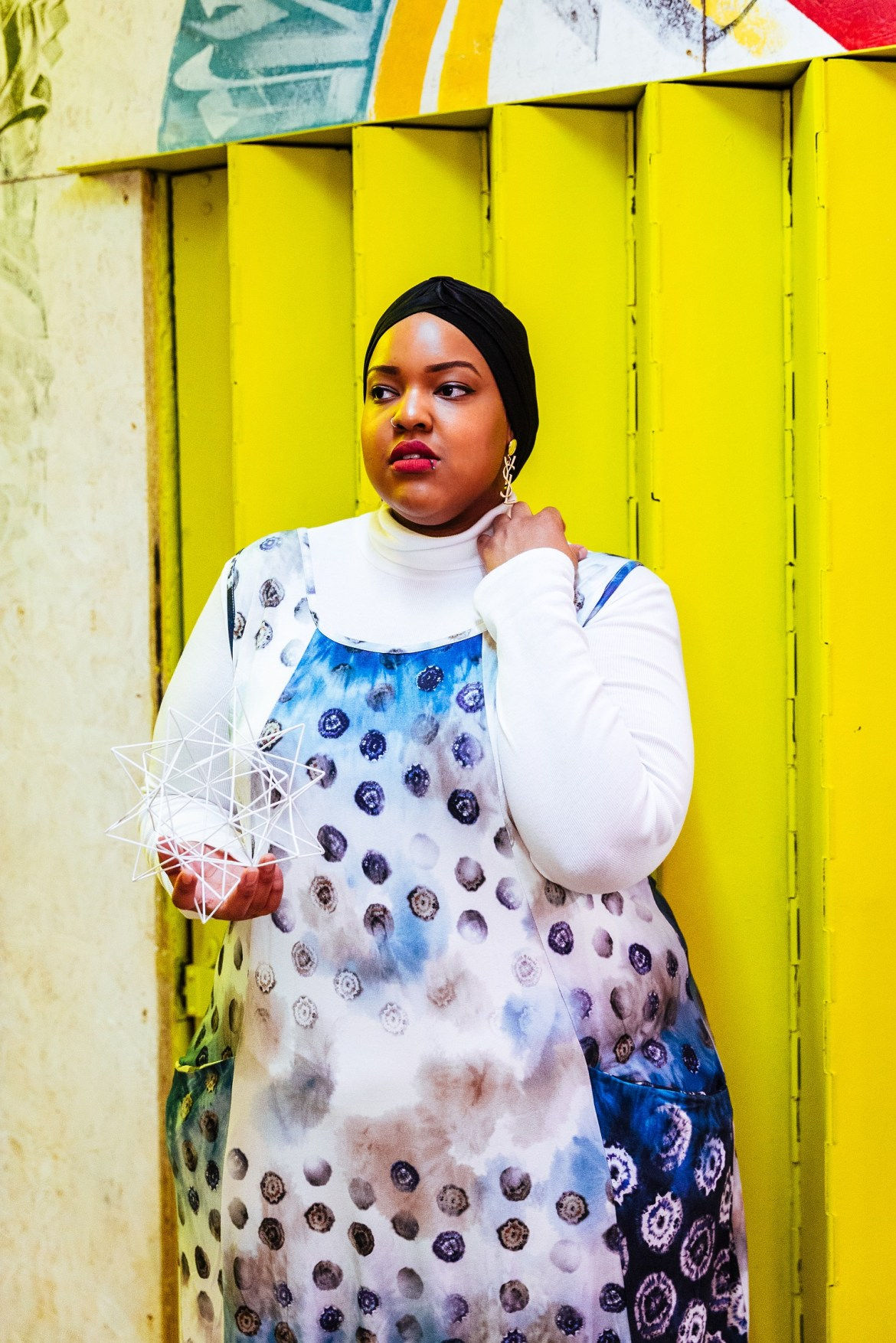 Plus-Size-Detroit-Style-Blogger-Model-Muslim-Girl-Navabi-London
