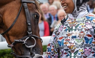 Khadijah Mellah Becomes Britain's First Muslim Female Jockey